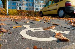Инвалиды получат разрешение на парковку в любом регионе