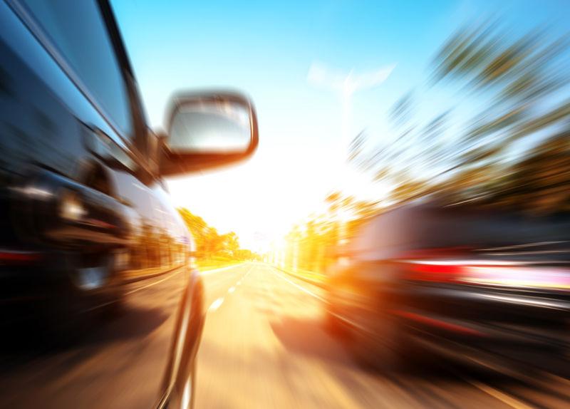 Водителей будут наказывать за превышение не только скорости, но и уровня шума