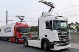 В Германии появилось шоссе для грузовиков-троллейбусов