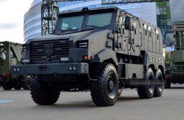 Белорусы сделали новый бронеавтомобиль «Защитник» на шасси МАЗа