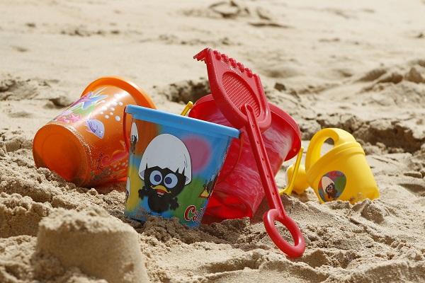 Выбираем игрушки для летнего отдыха