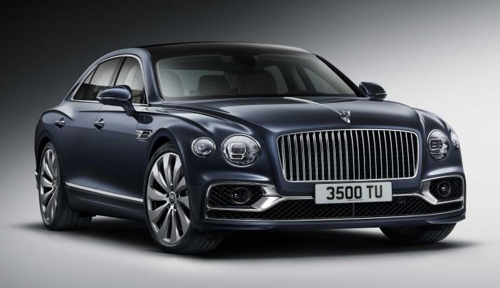 Представлено новое поколение роскошного седана Bentley Flying Spur