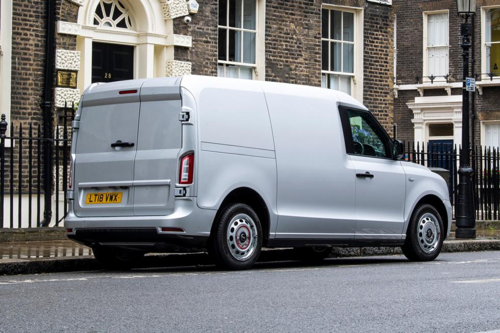 Элитный перевозчик: лондонское такси LEVC превратилось в фургон