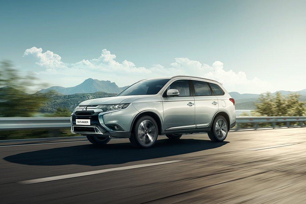 Mitsubishi объявила российские цены на семиместный Outlander