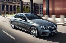 Mercedes-Benz отзывает машины из-за трещин детали руля