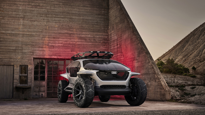 Audi отправила бороздить просторы бездорожья умопомрачительный беспилотник