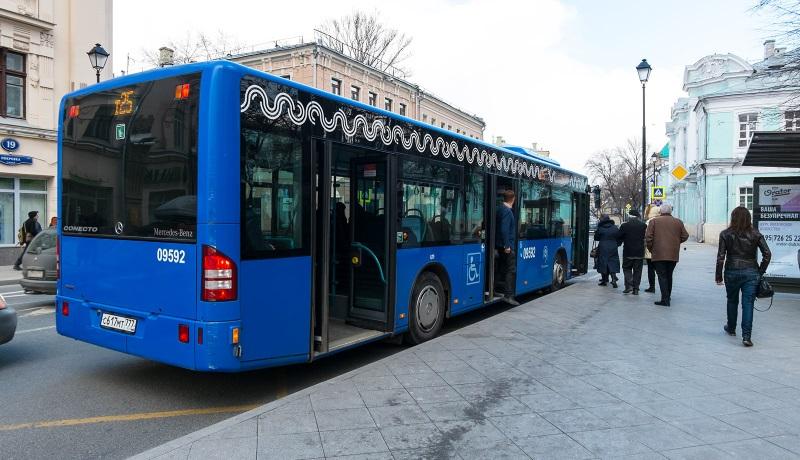 Опрос: какой вид транспорта предпочитают в России?