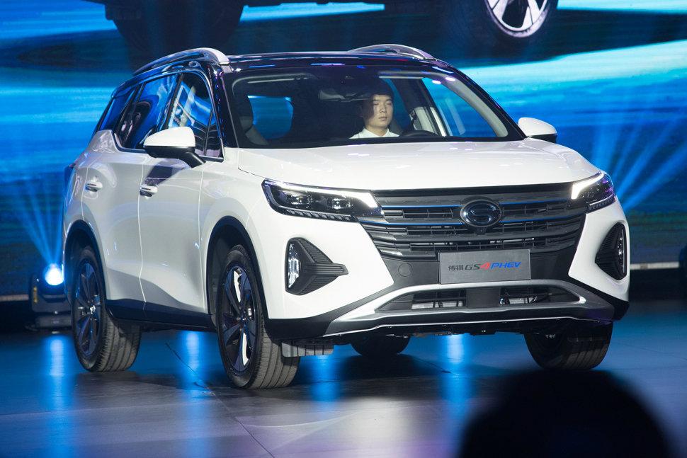 Китайский конкурент Toyota RAV4 поразил мизерным расходом топлива