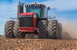 В России беспилотные тракторы разработают на мощностях НАМИ