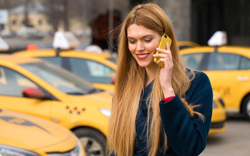 Роспотребнадзор открыл горячую линию по услугам такси и каршеринга