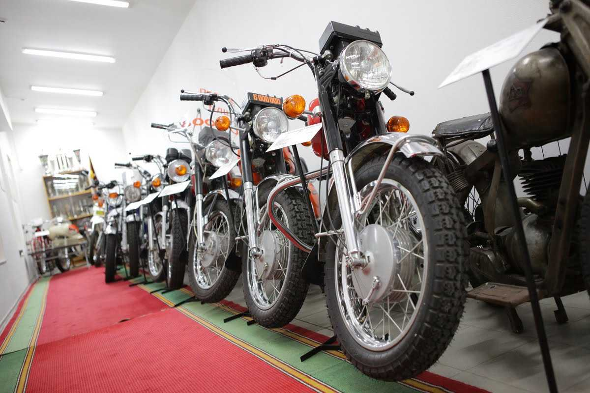 Все типы запчастей для советских мотоциклов