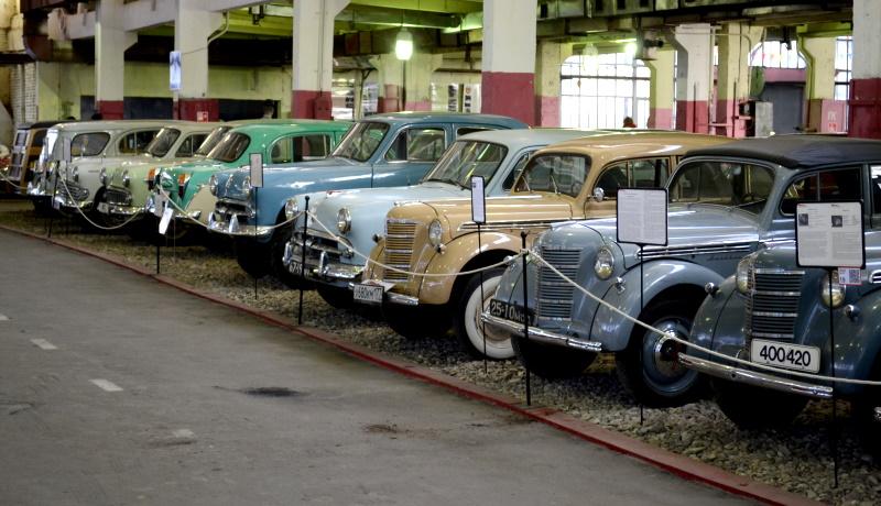 Популярный музей ретро-автомобилей закрылся в Москве
