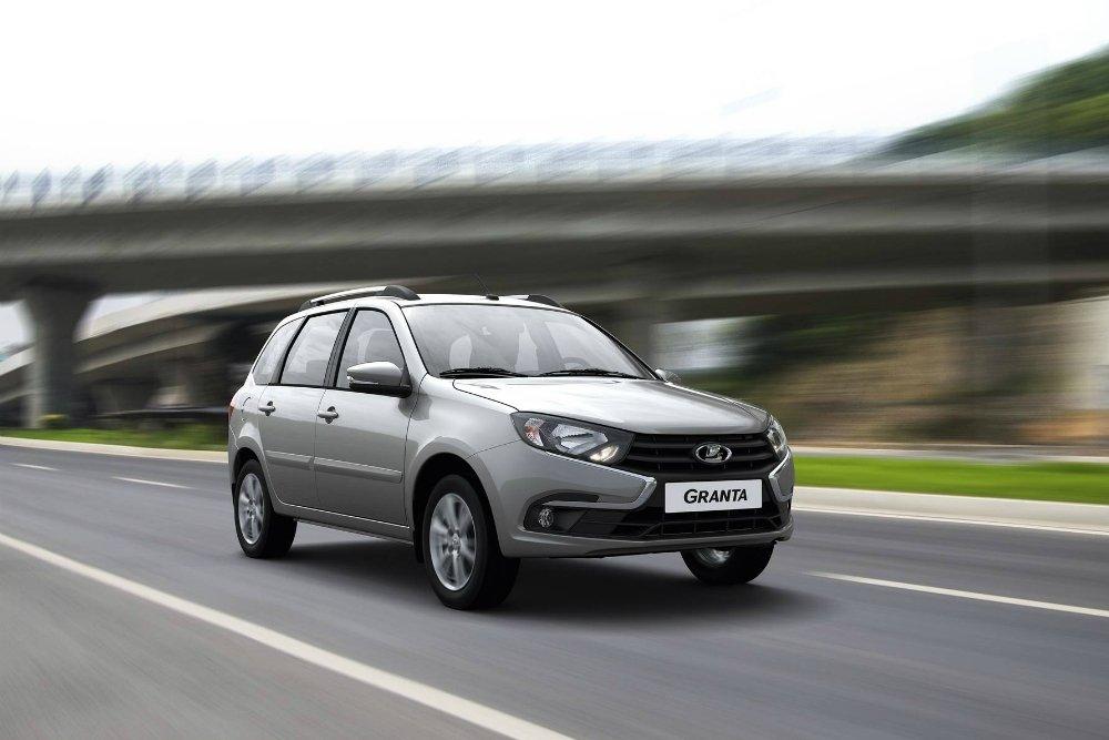 АвтоВАЗ увеличил продажи в январе. В лидерах по-прежнему Granta