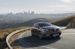 Renault представила обновленный Megane