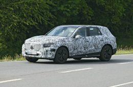 Удлиненный Mercedes GLC нового поколения выехал на тесты