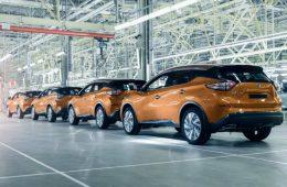 Ниже некуда: Nissan придется сократить производство на 30%