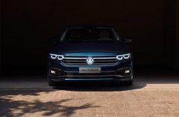 Volkswagen Phideon обновился и получил логотип с подсветкой