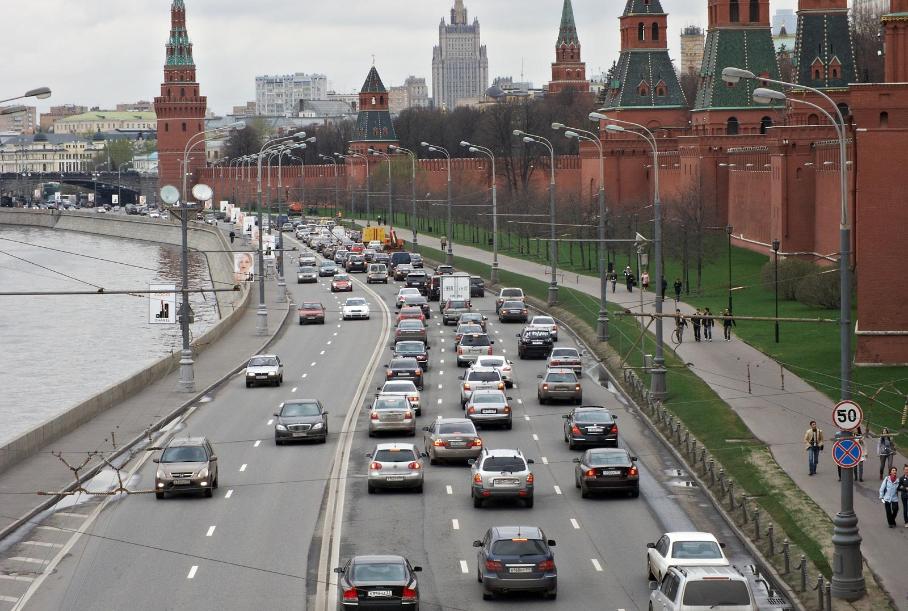 Сумма контракта для увеличения на треть сети дорожных камер Москвы составляет почти 6 млрд рублей.