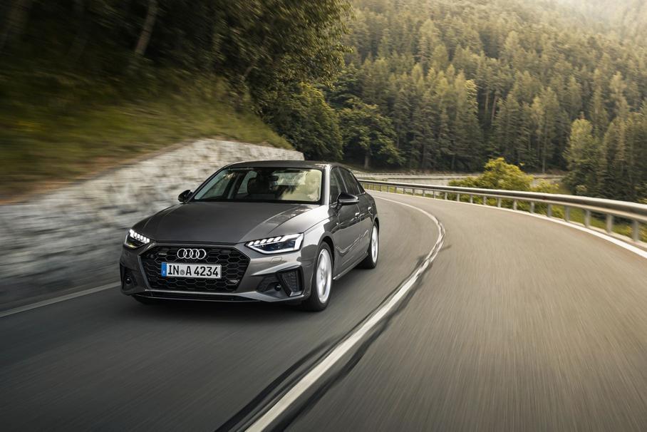 Объявлены цены на обновлённые Audi A4 и Audi A5 в России