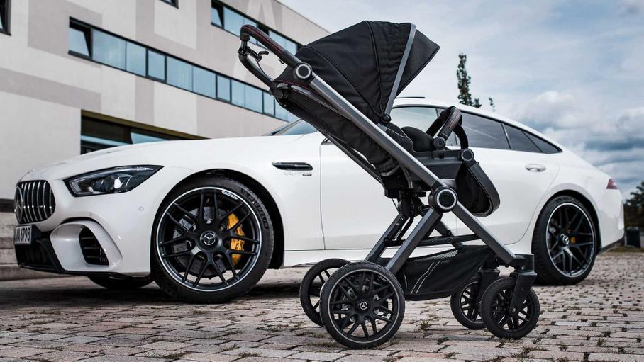 Mercedes-AMG выпустил новые детские коляски
