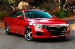 Honda представила обновленный седан Accord