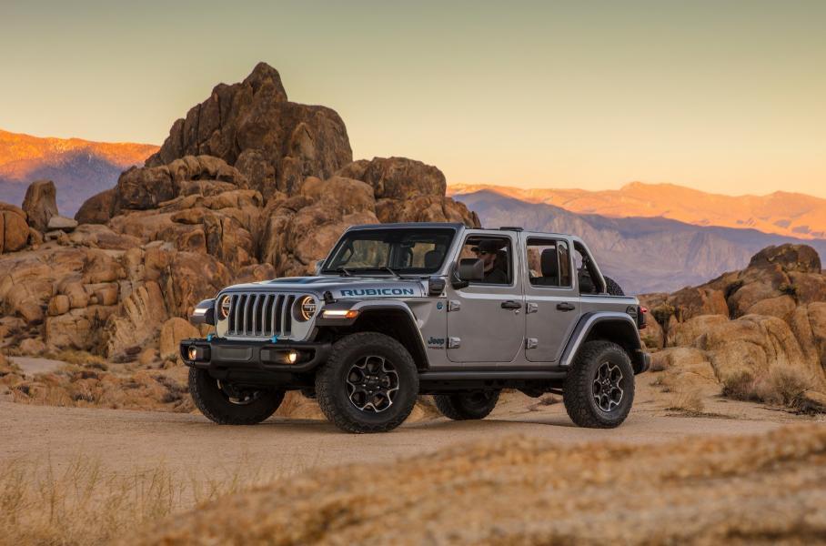 Jeep назвал стоимость гибридного Wrangler