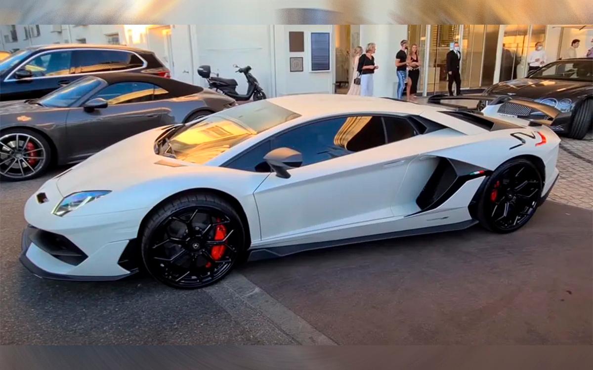 Редкий Lamborghini игрока «Манчестер Сити» пригрозили раздавить краном