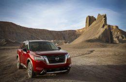 Восемь мест, автомат и V6: Nissan представил новый Pathfinder, который доберется до России