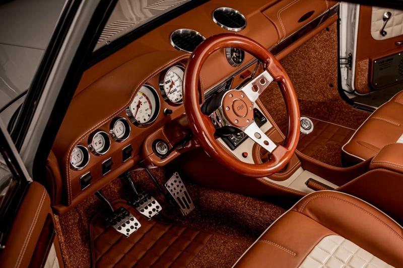 Болгарский аристократ: рестомод ВАЗ-2101 с качеством отделки Bentley и Rolls-Royce