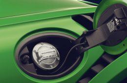 Синтетическое топливо позволит Porsche продавать машины с ДВС даже после их запрета