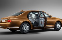 Автомобили Aurus появились на сайте объявлений. Цена — ещё выше, чем обещали