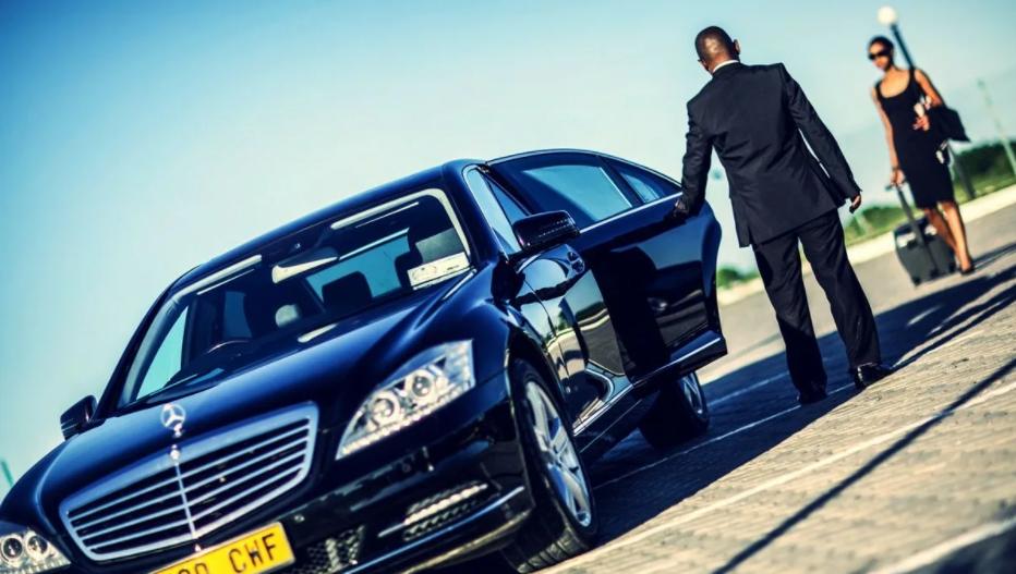 Особенности аренды авто с водителем в Харькове