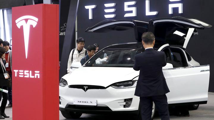ISUD запатентован: Tesla не поедет, если водитель не пристегнут