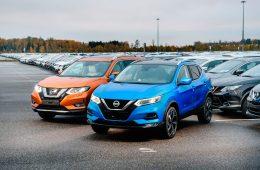 В России начались продажи кроссоверов Nissan с автопилотом
