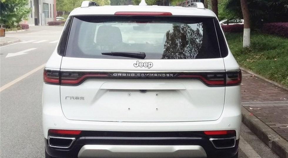 Кроссовер Jeep Grand Commander стал ещё больше после рестайлинга: первые фото без камуфляжа