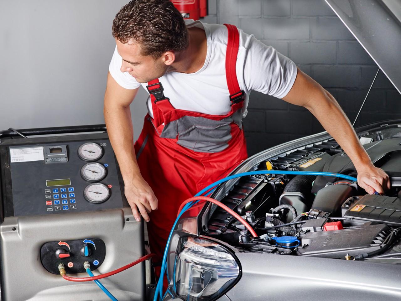Особенности заправки кондиционеров авто