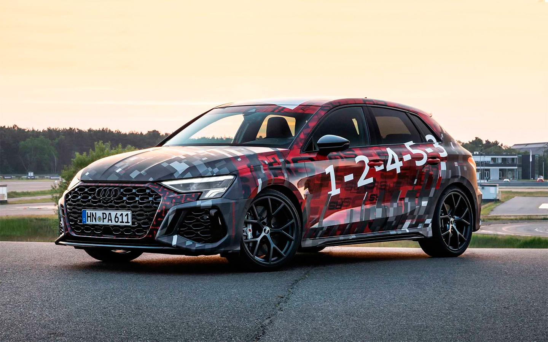 Audi рассказала о новом спортивном хэтчбеке и седане RS3