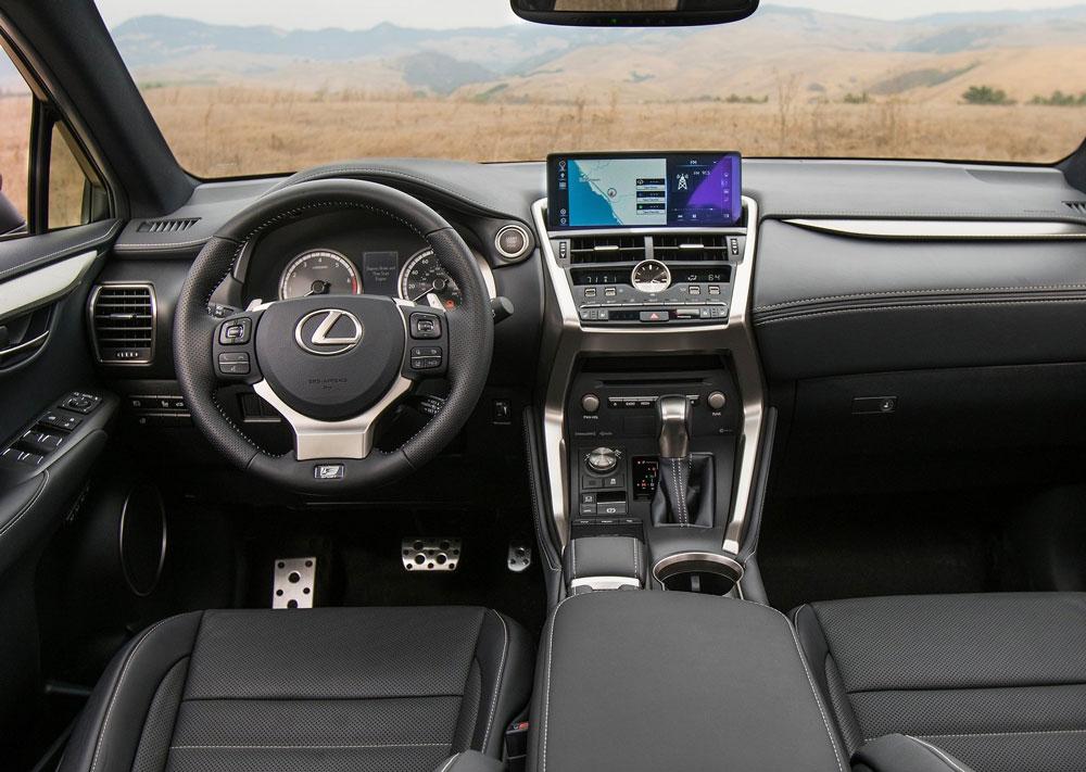 Lexus играет в интригу: NX нового поколения продолжает раскрываться