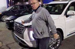 Hyundai готовит к премьере рестайлинговый Palisade: большой кросс снова проехался на камеру