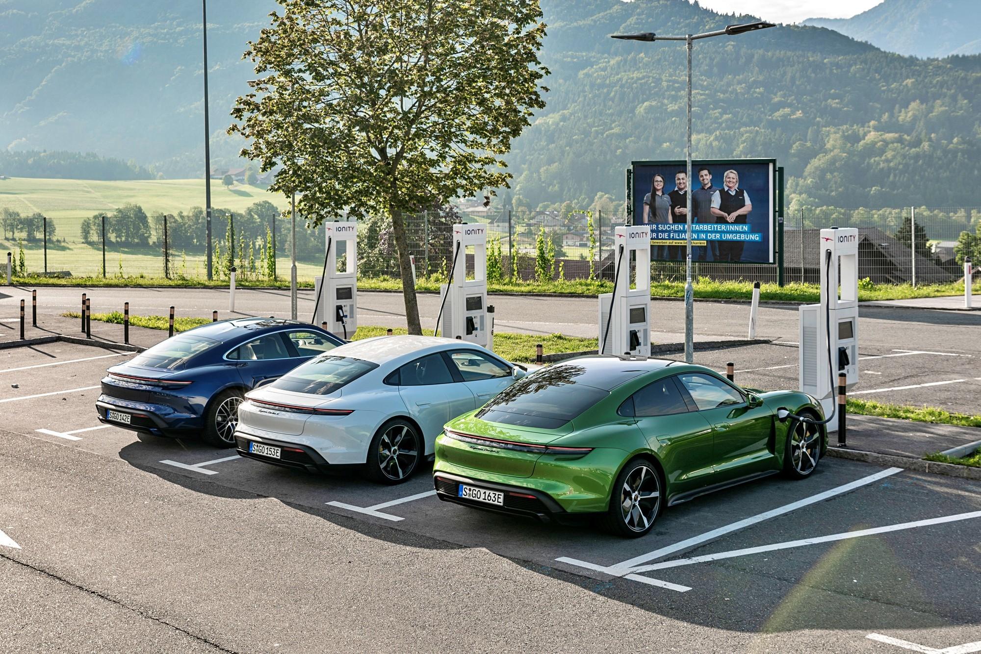 Всё своё, всё немецкое: новые Porsche поедут на батарейках Varta и Customcells