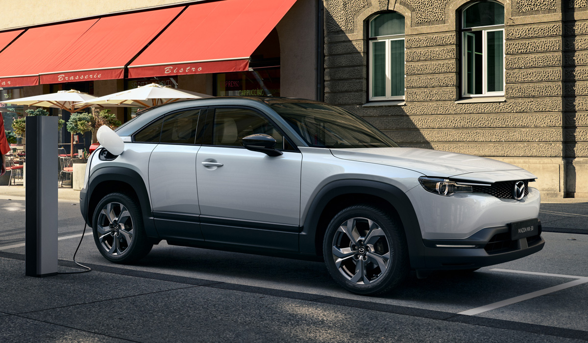 Будущее Mazda: к 2030 году все модели будут электрическими