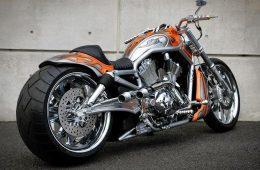 Новый Harley-Davidson — у него нет рамы!