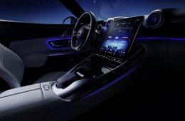 Subaru назвала российские цены на Outback нового поколения