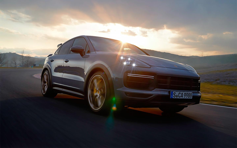От крутой «Нивы» до быстрейшего кроссовера Porsche: главные новинки осени