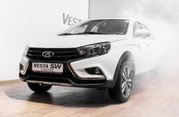 АвтоВАЗ упростил конструкцию «Лады Весты», но не снизил цену