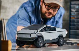 Mattel выпустила конструктор с пикапом Tesla Cybertruck с «трещинами» на стеклах